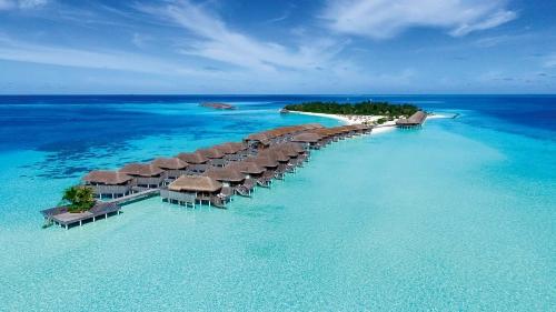 Constance Moofushi, the Maldives