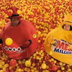 US Powerball VS Mega Millions! Lotto