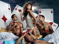 4 Reasons Why Women Tend to be Better Lottery Players