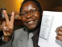 The Lottery Winner Who Beat the Odds 5 Times